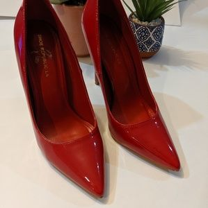 Shoe Republic LA Red Heels Size 9
